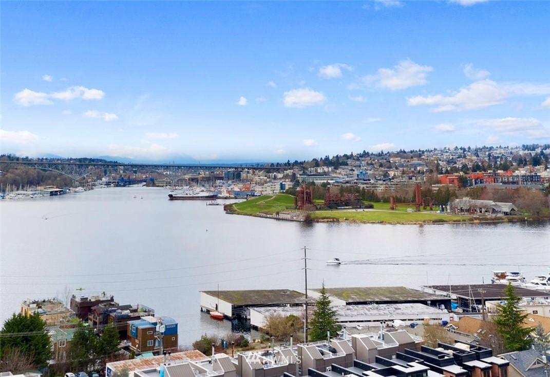 Sold Property | 2332 Yale Avenue E Seattle, WA 98102 20