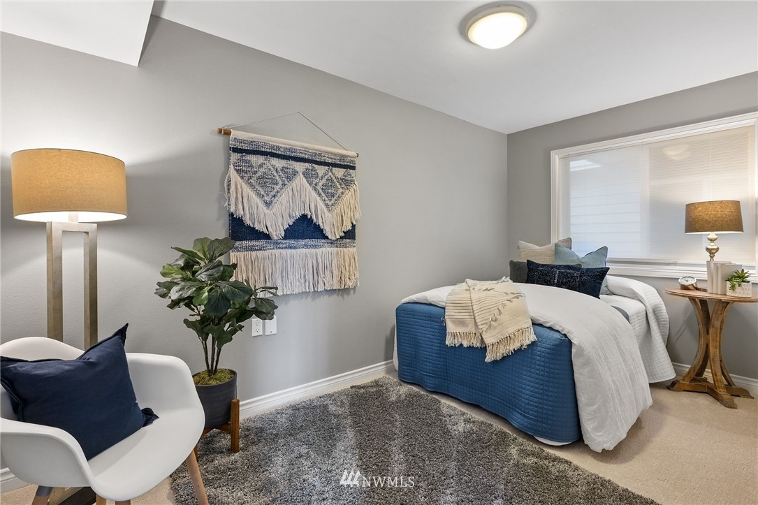 Sold Property | 2332 Yale Avenue E Seattle, WA 98102 23