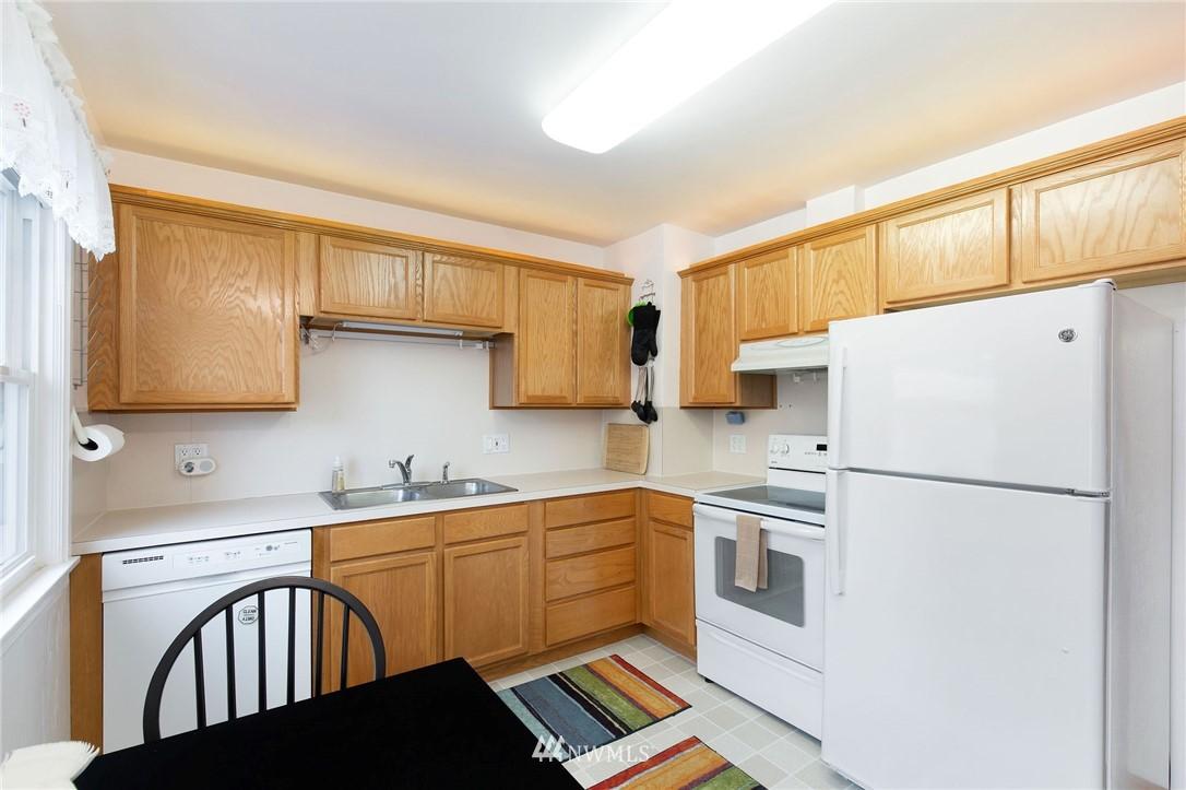 Sold Property   2920 17th Street Everett, WA 98201 4