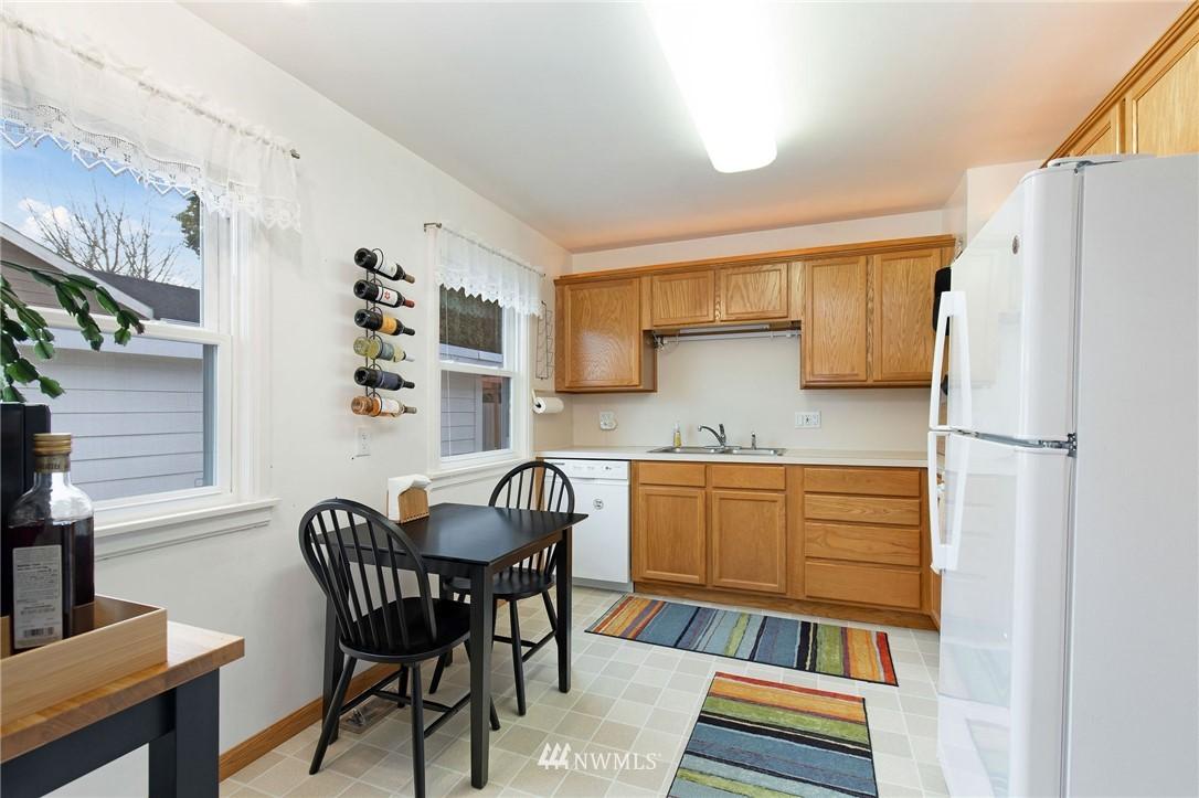 Sold Property   2920 17th Street Everett, WA 98201 5