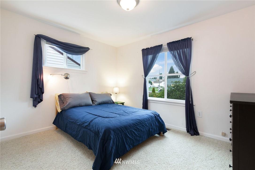 Sold Property   2920 17th Street Everett, WA 98201 6