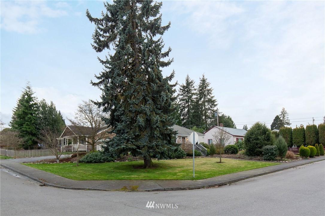 Sold Property   2920 17th Street Everett, WA 98201 14