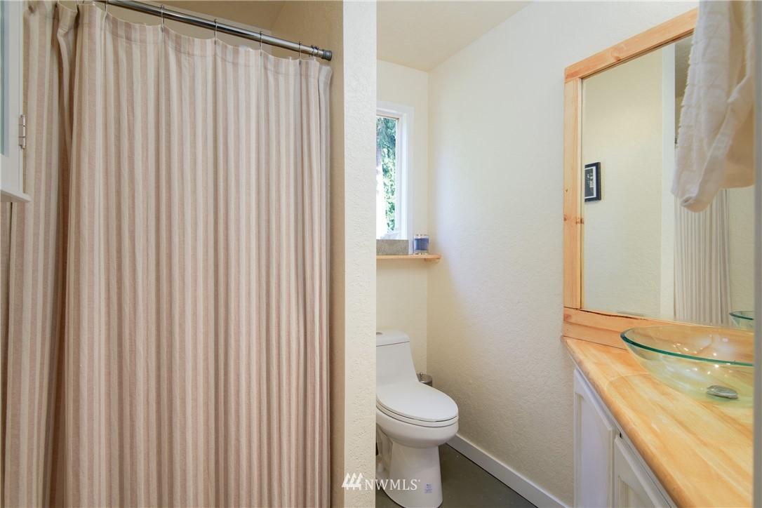 Sold Property | 15303 216th Avenue NE Woodinville, WA 98077 9