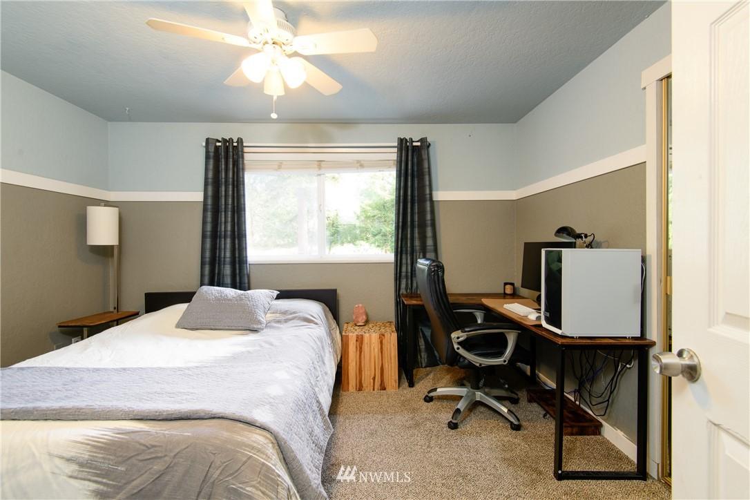 Sold Property | 15303 216th Avenue NE Woodinville, WA 98077 12