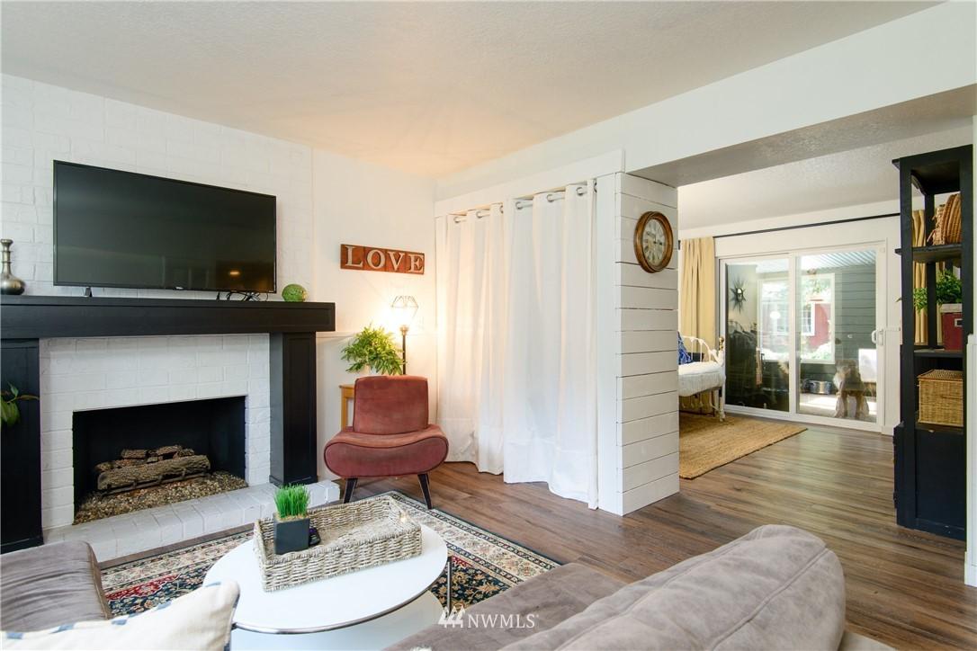 Sold Property | 15303 216th Avenue NE Woodinville, WA 98077 15