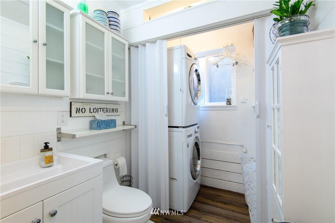 Sold Property | 15303 216th Avenue NE Woodinville, WA 98077 18
