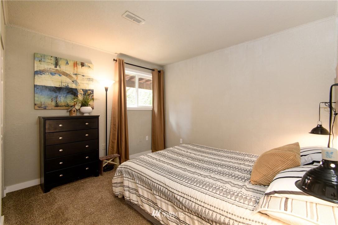 Sold Property | 15303 216th Avenue NE Woodinville, WA 98077 20