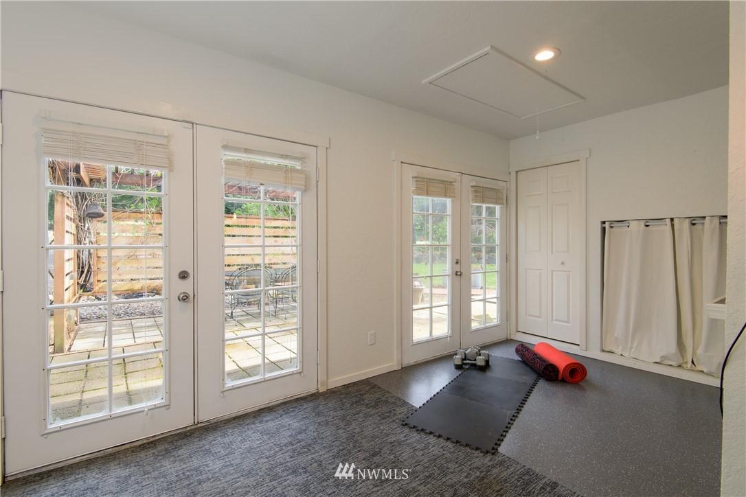 Sold Property | 15303 216th Avenue NE Woodinville, WA 98077 24