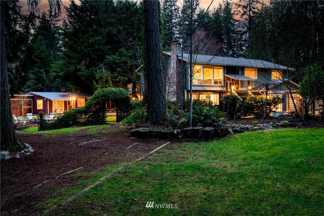 Sold Property | 15303 216th Avenue NE Woodinville, WA 98077 1