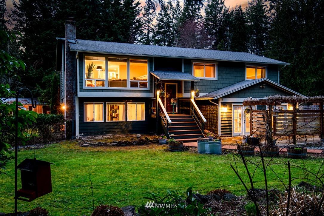 Sold Property | 15303 216th Avenue NE Woodinville, WA 98077 0
