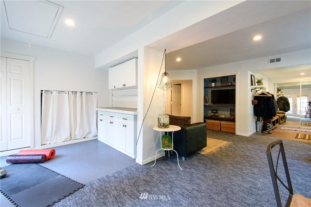 Sold Property | 15303 216th Avenue NE Woodinville, WA 98077 23