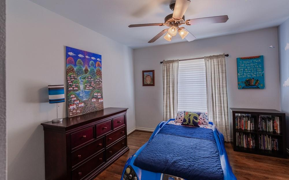 Pending   5969 Elderwood Drive Dallas, Texas 75230 19