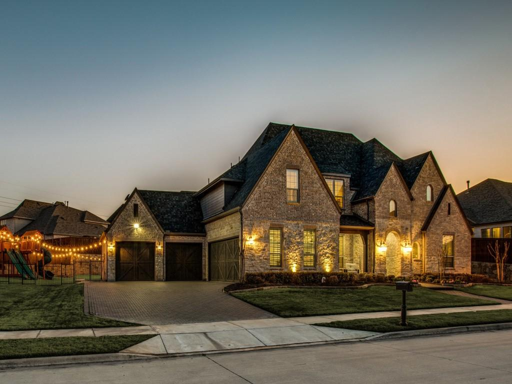 Pending | 3470 Glacier Point Court Prosper, Texas 75078 1