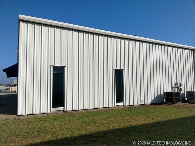 Off Market | 1125 N 2nd St Maip Street Pryor, Oklahoma 74361 23