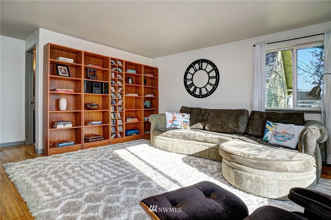 Sold Property   4134 32nd Avenue SW Seattle, WA 98126 9