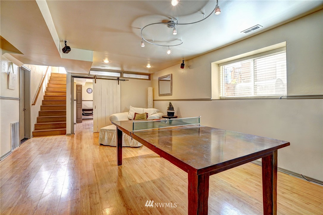 Sold Property   4134 32nd Avenue SW Seattle, WA 98126 19