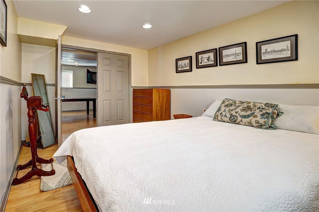 Sold Property   4134 32nd Avenue SW Seattle, WA 98126 20