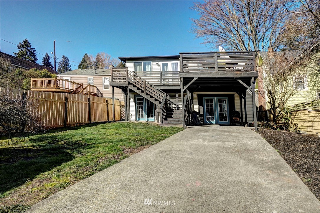 Sold Property   4134 32nd Avenue SW Seattle, WA 98126 26