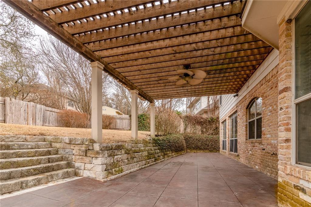 ActiveUnderContract | 2822 Grimes Ranch Road Austin, TX 78732 23