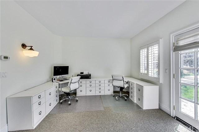 Pending | 641 35th Street Manhattan Beach, CA 90266 32