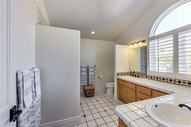 Pending | 641 35th Street Manhattan Beach, CA 90266 54