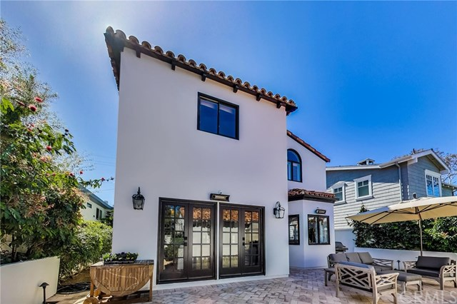 Pending | 641 35th Street Manhattan Beach, CA 90266 59