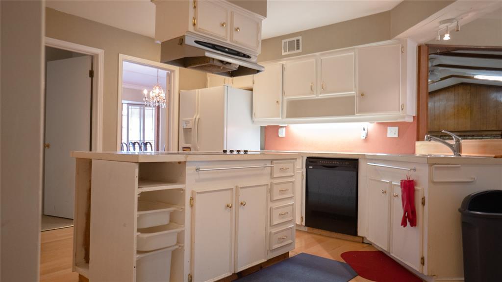 Sold Property | 4728 Mill Creek Road Dallas, Texas 75244 5