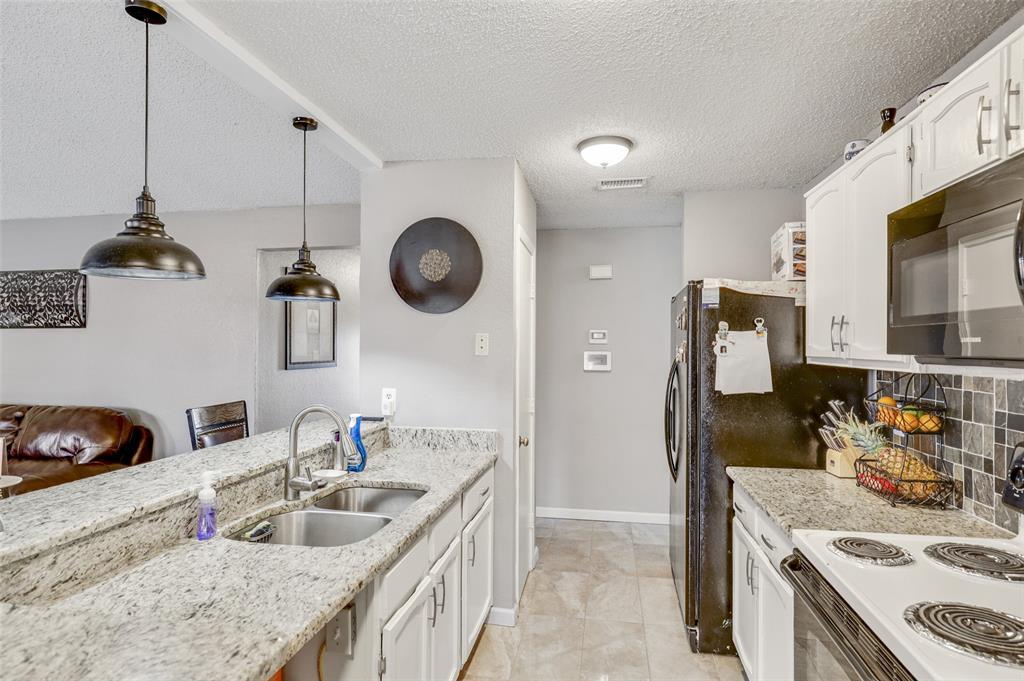Pending | 2409 Highmont Drive Garland, Texas 75041 11