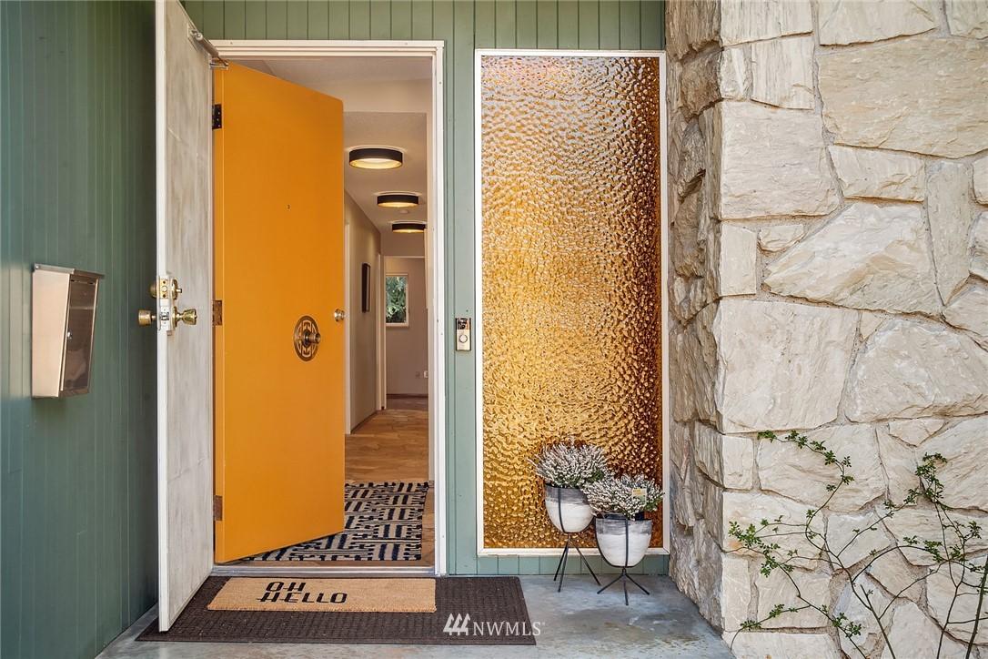 Sold Property | 5139 S Frontenac Street Seattle, WA 98118 4
