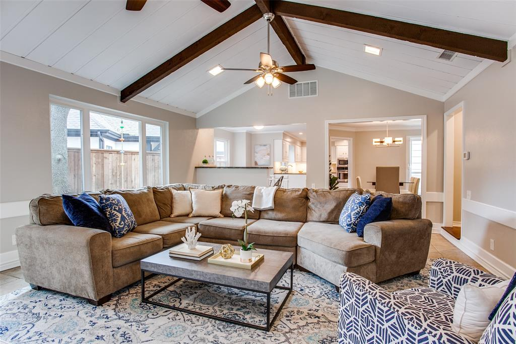 Pending | 2862 Lawtherwood Place Dallas, Texas 75214 10