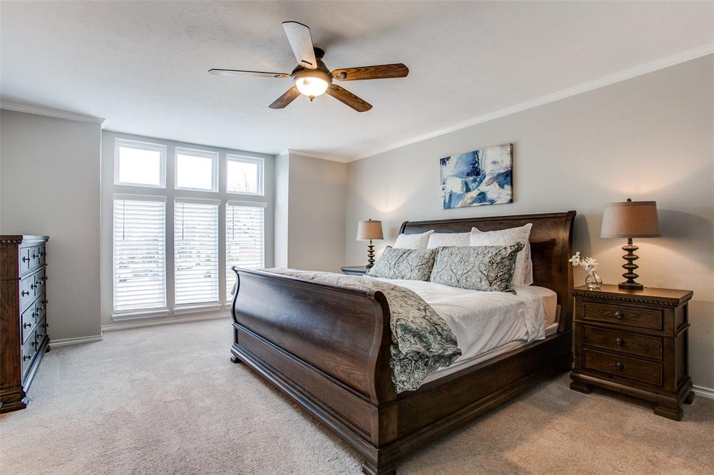 Pending | 2862 Lawtherwood Place Dallas, Texas 75214 14