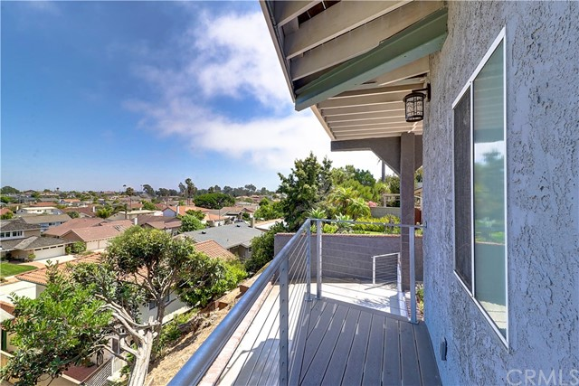Active | 1410 Diamond Street Redondo Beach, CA 90277 23