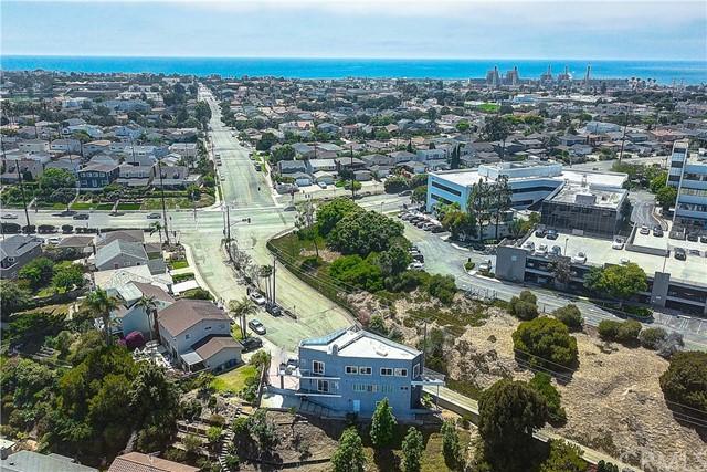 Active | 1410 Diamond Street Redondo Beach, CA 90277 55