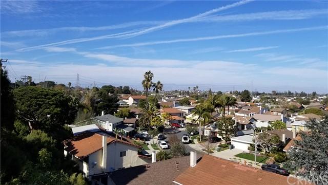 Active | 1410 Diamond Street Redondo Beach, CA 90277 3