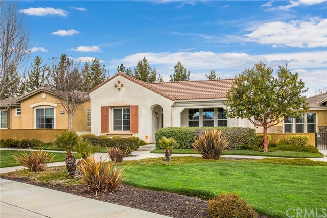 Pending | 1548 Quiet Creek Beaumont, CA 92223 3