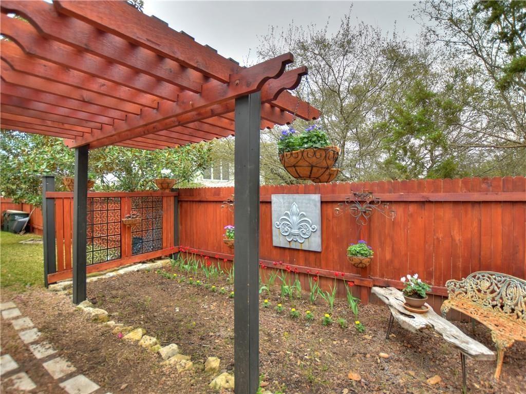 ActiveUnderContract | 12017 Portobella Drive Austin, TX 78732 26