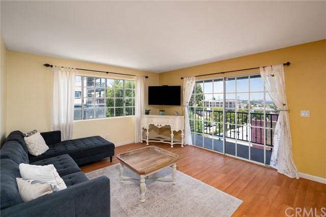 Pending | 308 S Cabrillo Avenue #1 San Pedro, CA 90731 4