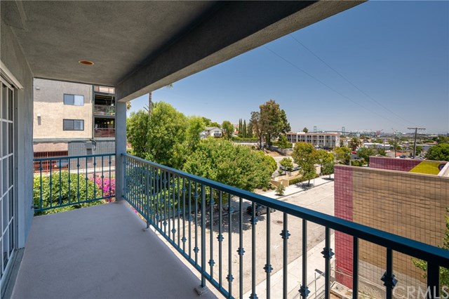 Pending | 308 S Cabrillo Avenue #1 San Pedro, CA 90731 6