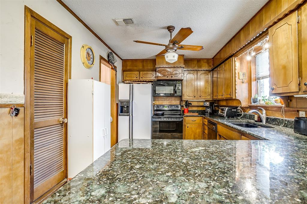Sold Property | 224 Teeter Drive Crowley, Texas 76036 21