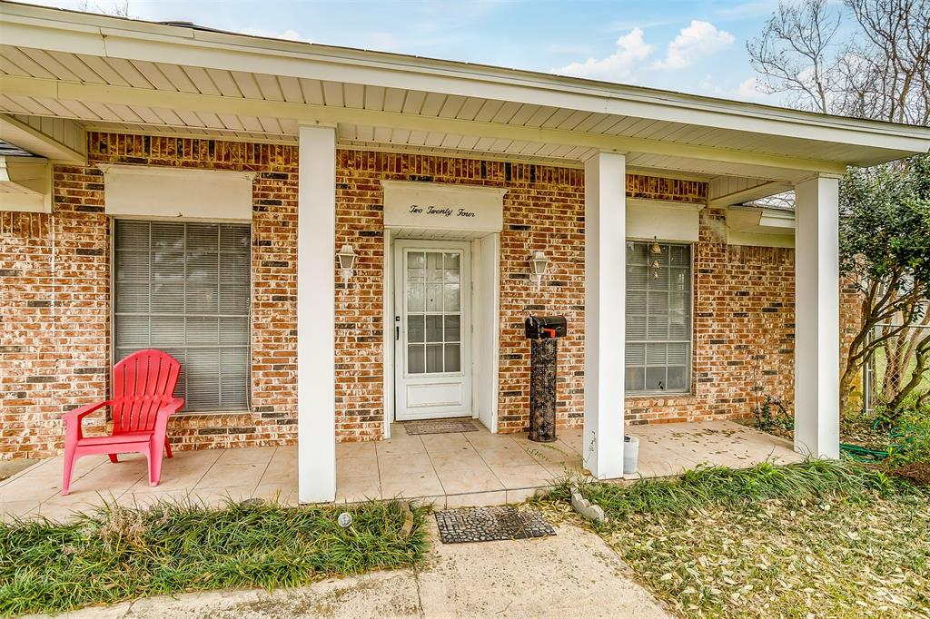 Sold Property | 224 Teeter Drive Crowley, Texas 76036 3