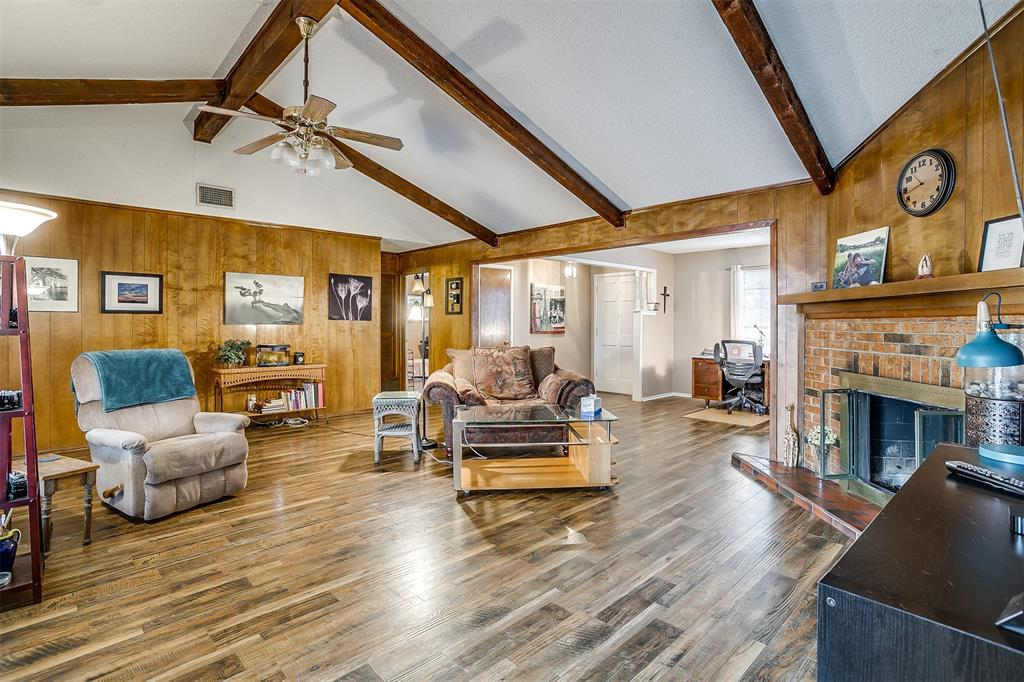 Sold Property | 224 Teeter Drive Crowley, Texas 76036 9