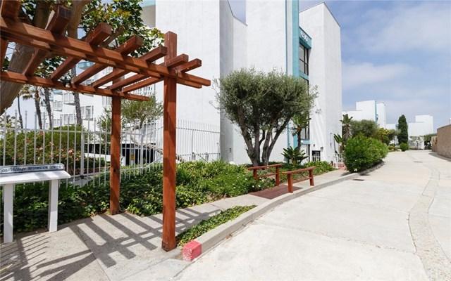 Closed | 620 The Village #102 Redondo Beach, CA 90277 3