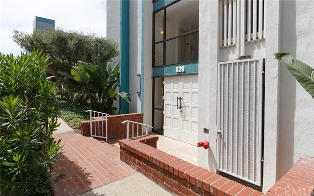 Closed | 620 The Village #102 Redondo Beach, CA 90277 4