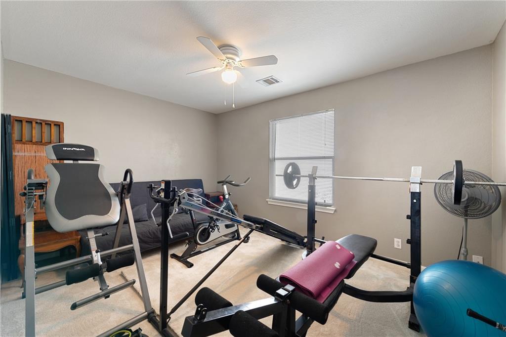 Pending | 3921 Canyon Glen Circle Austin, TX 78732 23