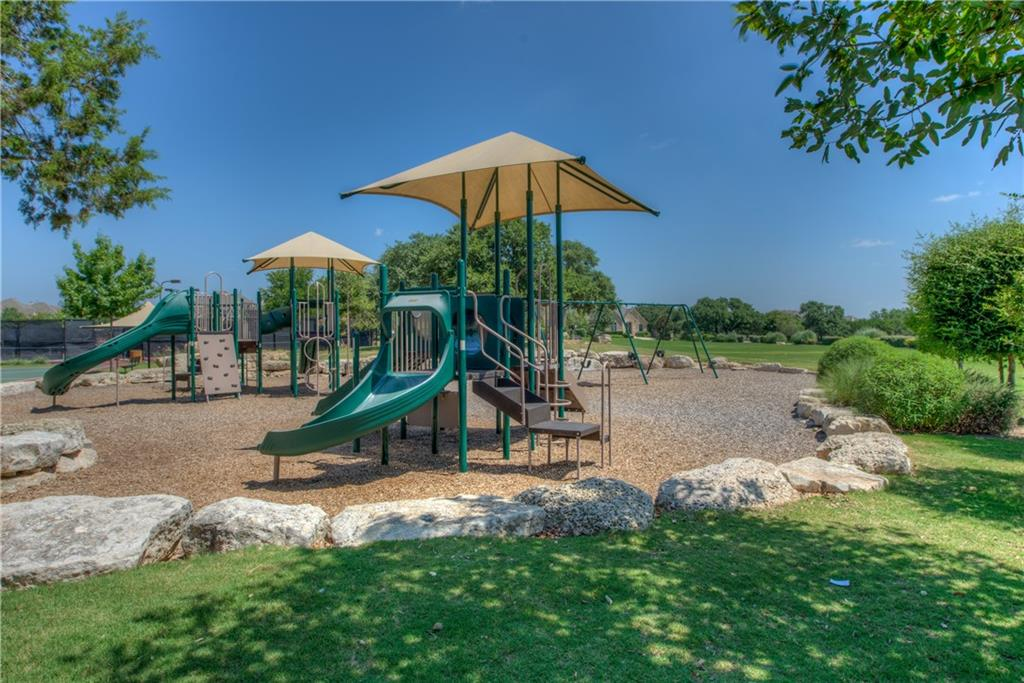 Pending | 3921 Canyon Glen Circle Austin, TX 78732 29