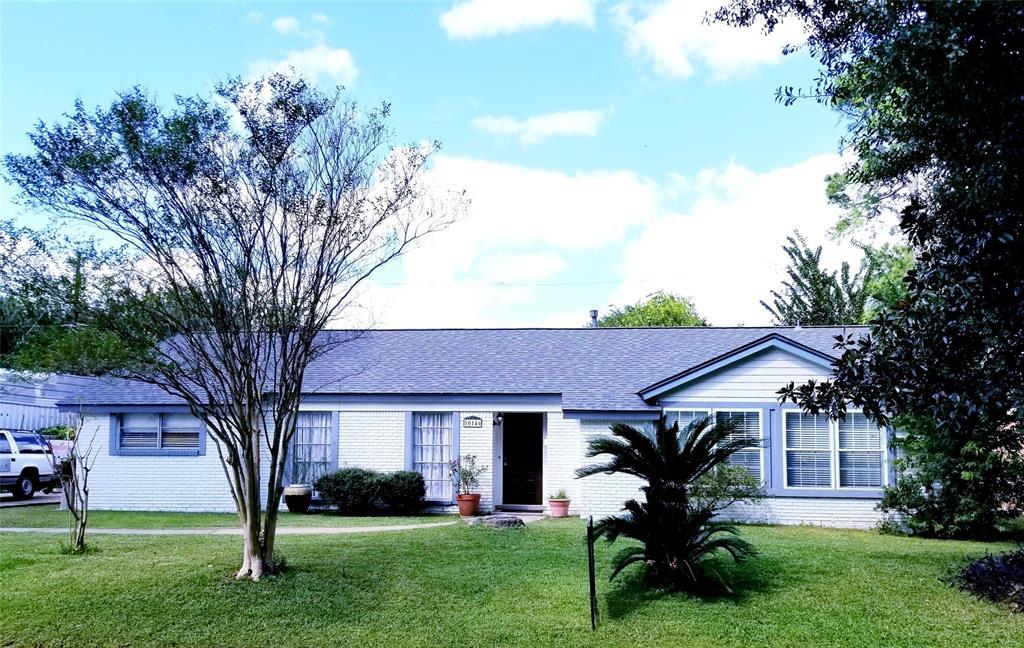 Active | 10146 Moorberry Lane Houston, Texas 77080 1