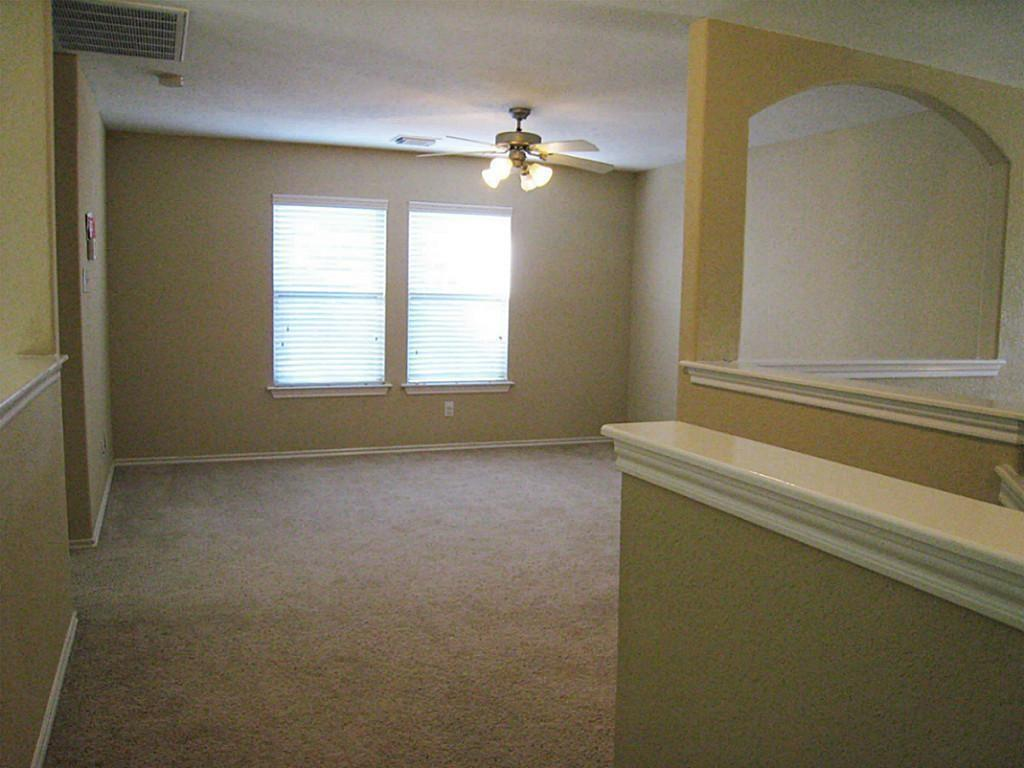 Active   11 Sage Creek Place The Woodlands, Texas 77382 13