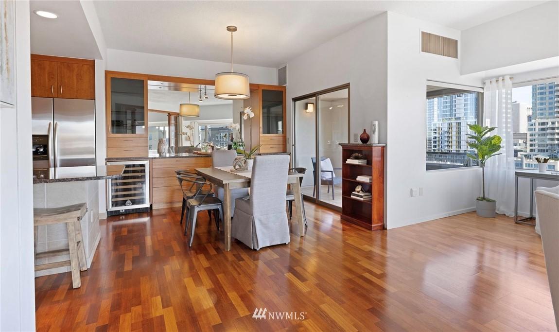 Sold Property   2821 2nd Avenue #905 Seattle, WA 98121 15