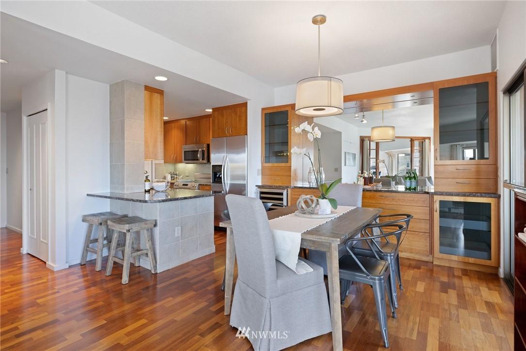 Sold Property   2821 2nd Avenue #905 Seattle, WA 98121 17