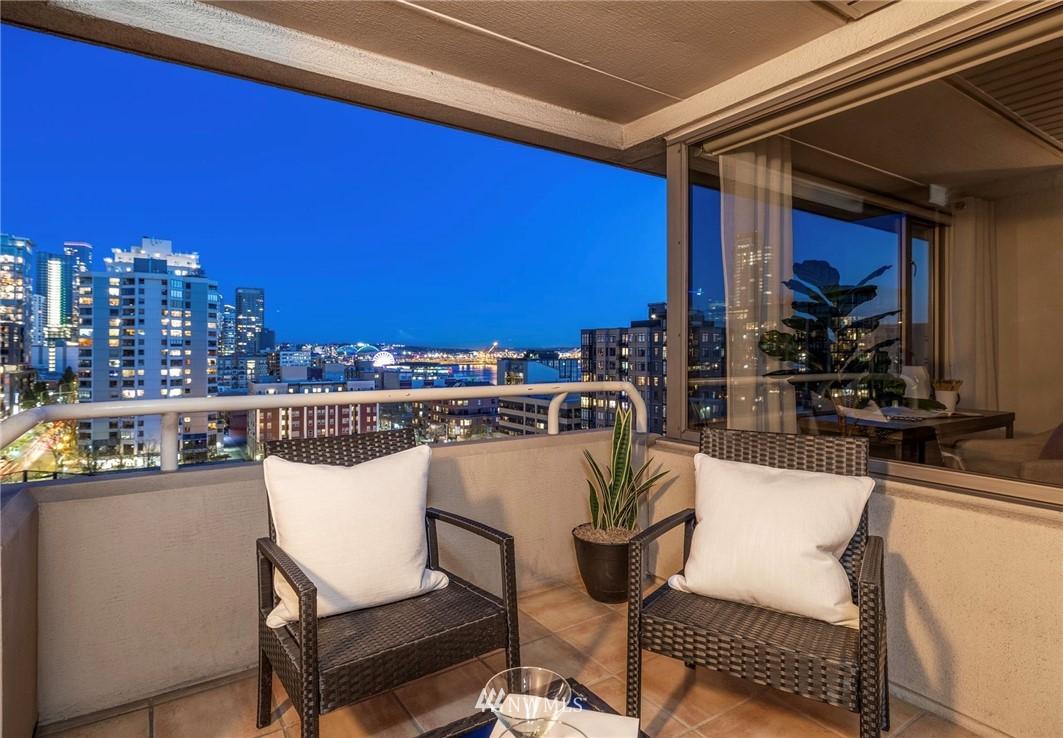 Sold Property   2821 2nd Avenue #905 Seattle, WA 98121 27
